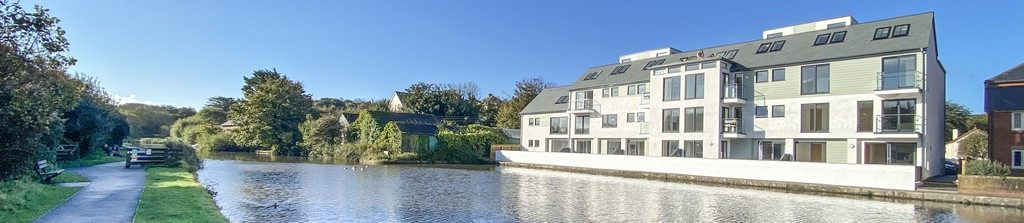 2 Canalside Bude Holiday Let
